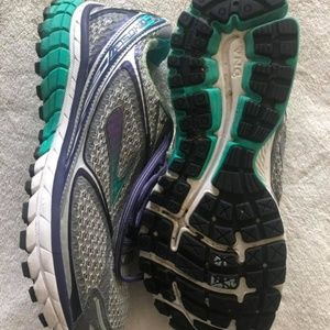 Brooks Ghost 7 Size 10 Womens